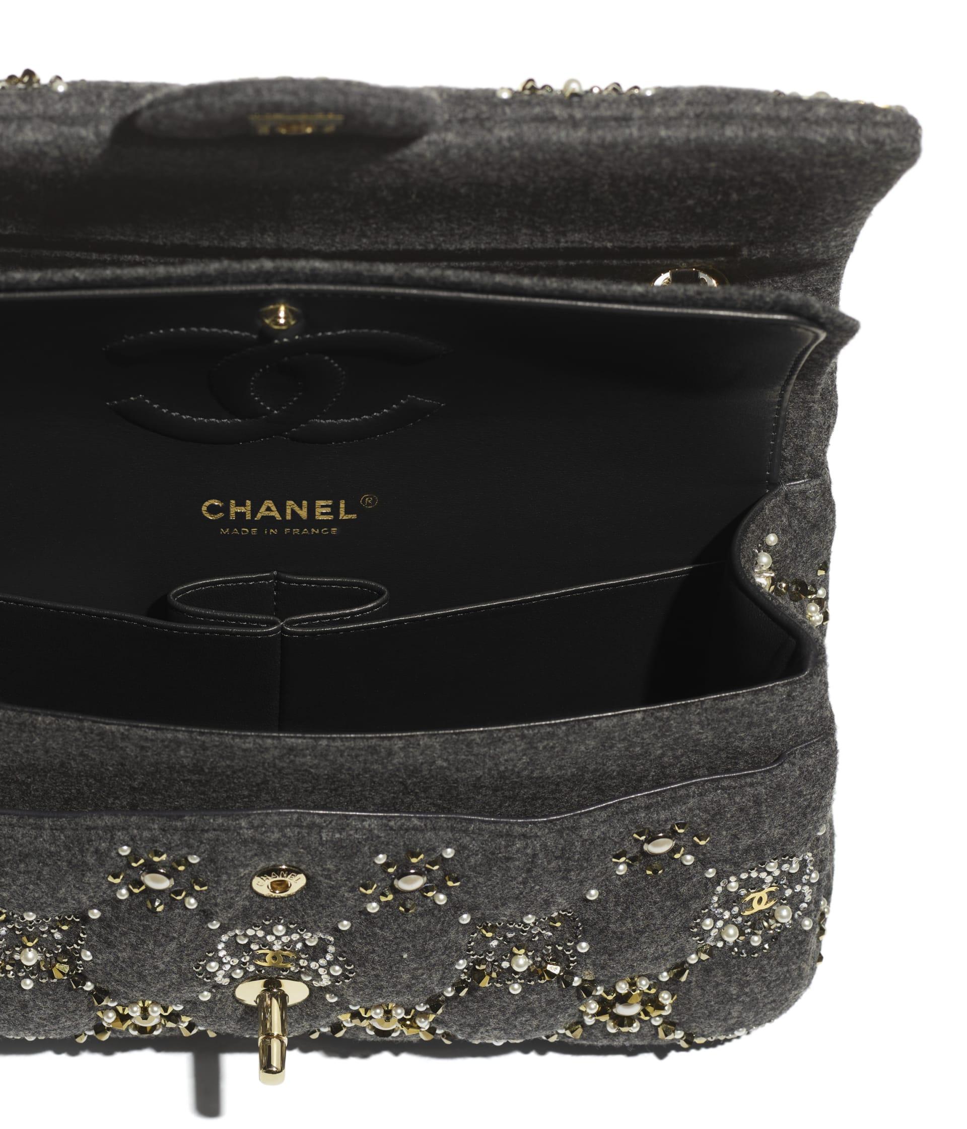image 3 - Classic Handbag - Wool, Glass Pearls, Crystal Pearls & Gold-Tone Metal - Gray