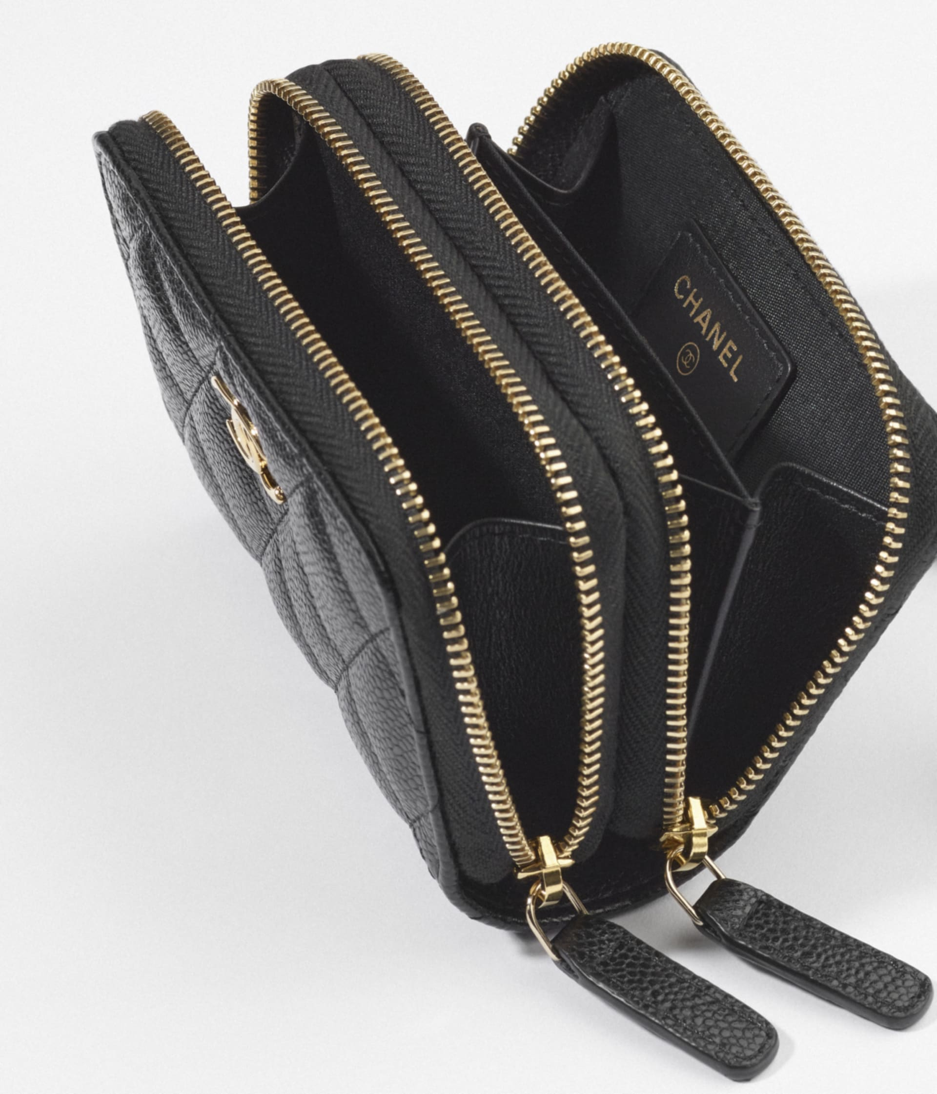 image 2 - Clutch with Chain - Grained Calfskin & Gold-Tone Metal - Black