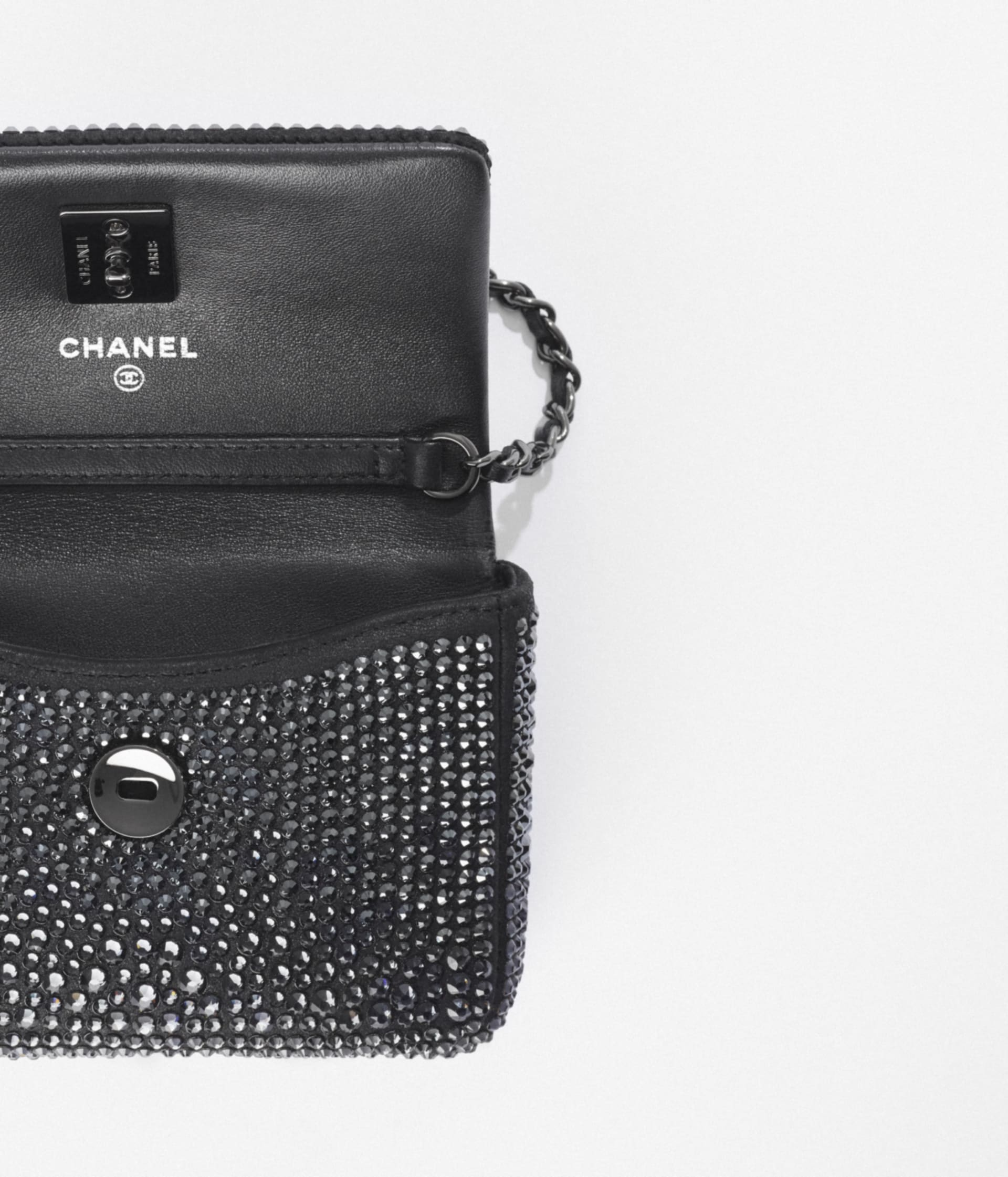 image 2 - Clutch with Chain - Strass, Lambskin & Ruthenium-Finish Metal - Black