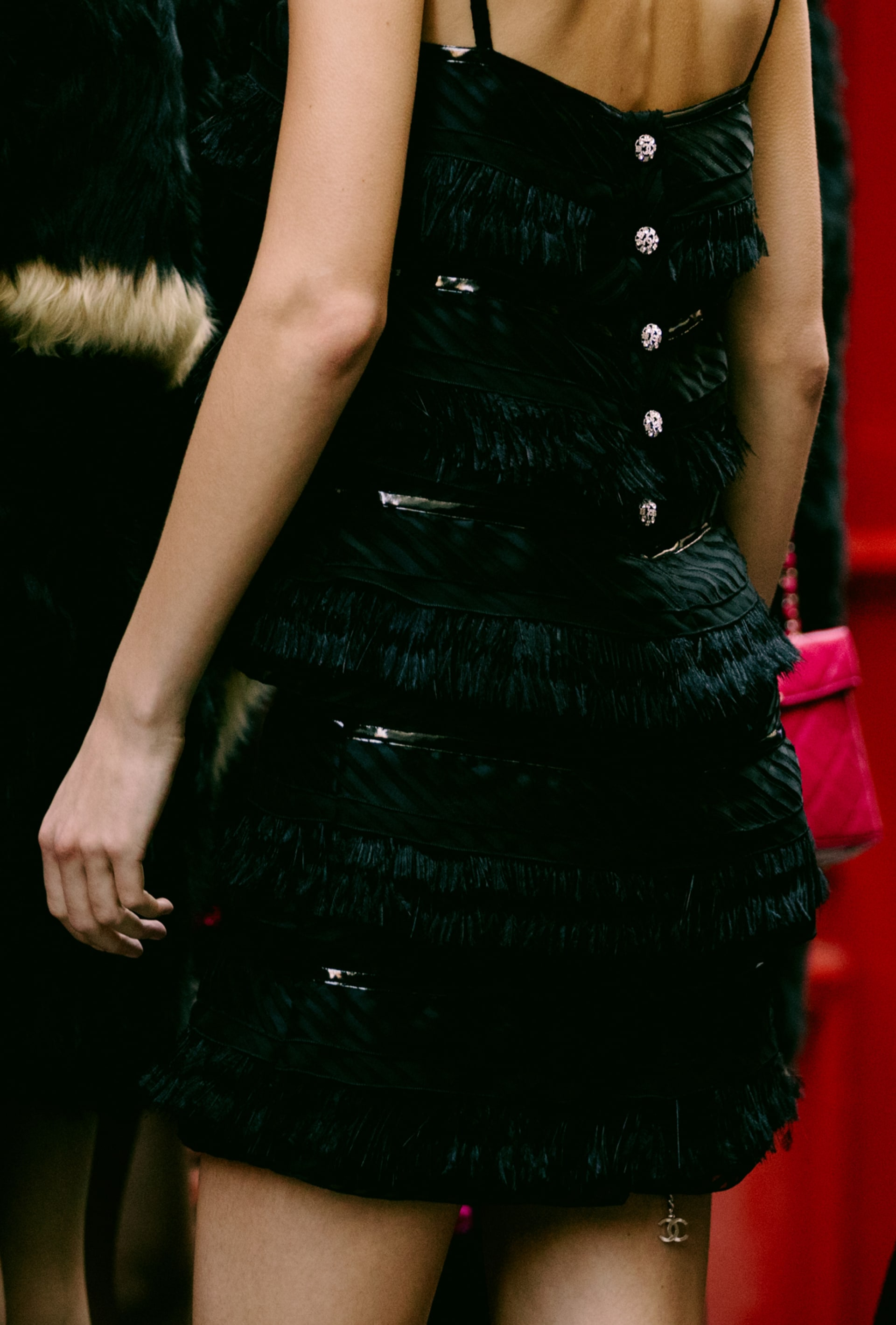image 3 - Dress - Viscose & Silk Muslin Embroidered With Feathers - Black