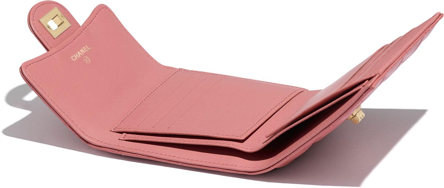 Petit portefeuille à rabat 2.55