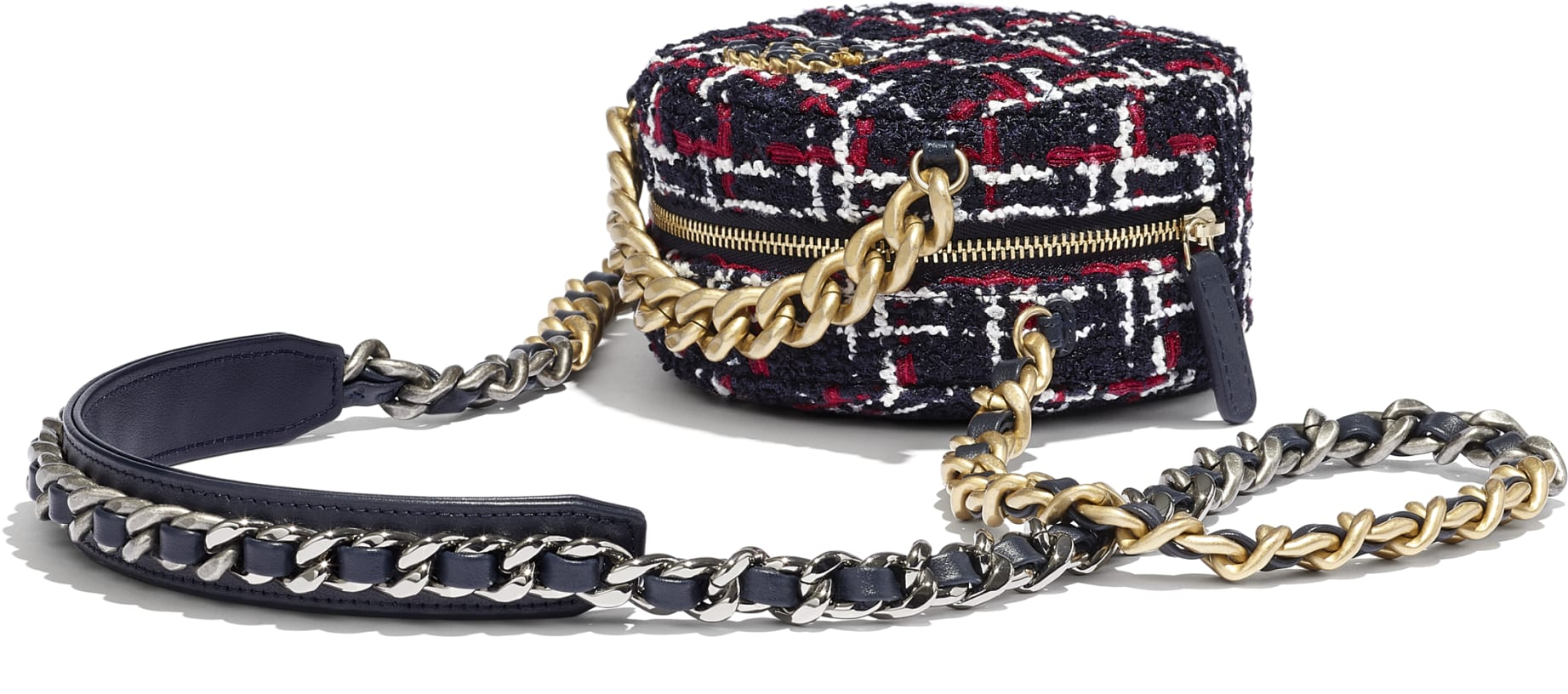 CHANEL 19 Clutch with Chain