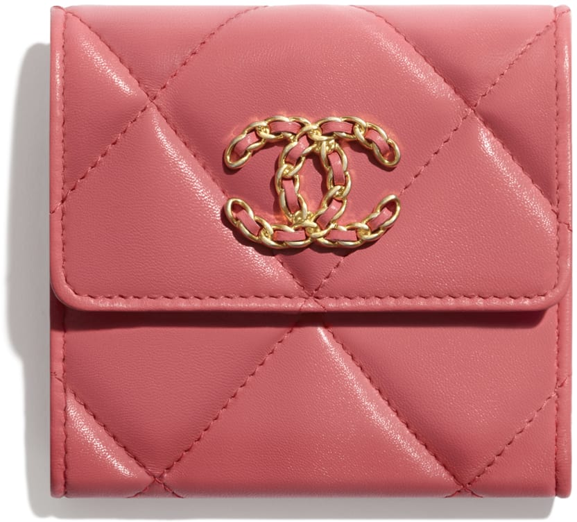 CHANEL 19 Small Flap Wallet