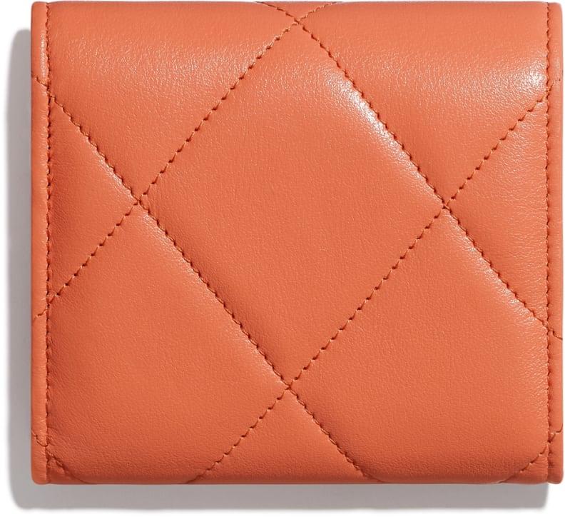 Petit portefeuille à rabat CHANEL 19