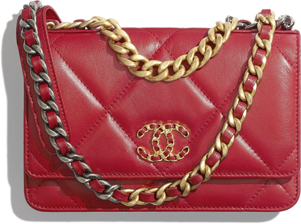 Wallet on chain CHANEL 19