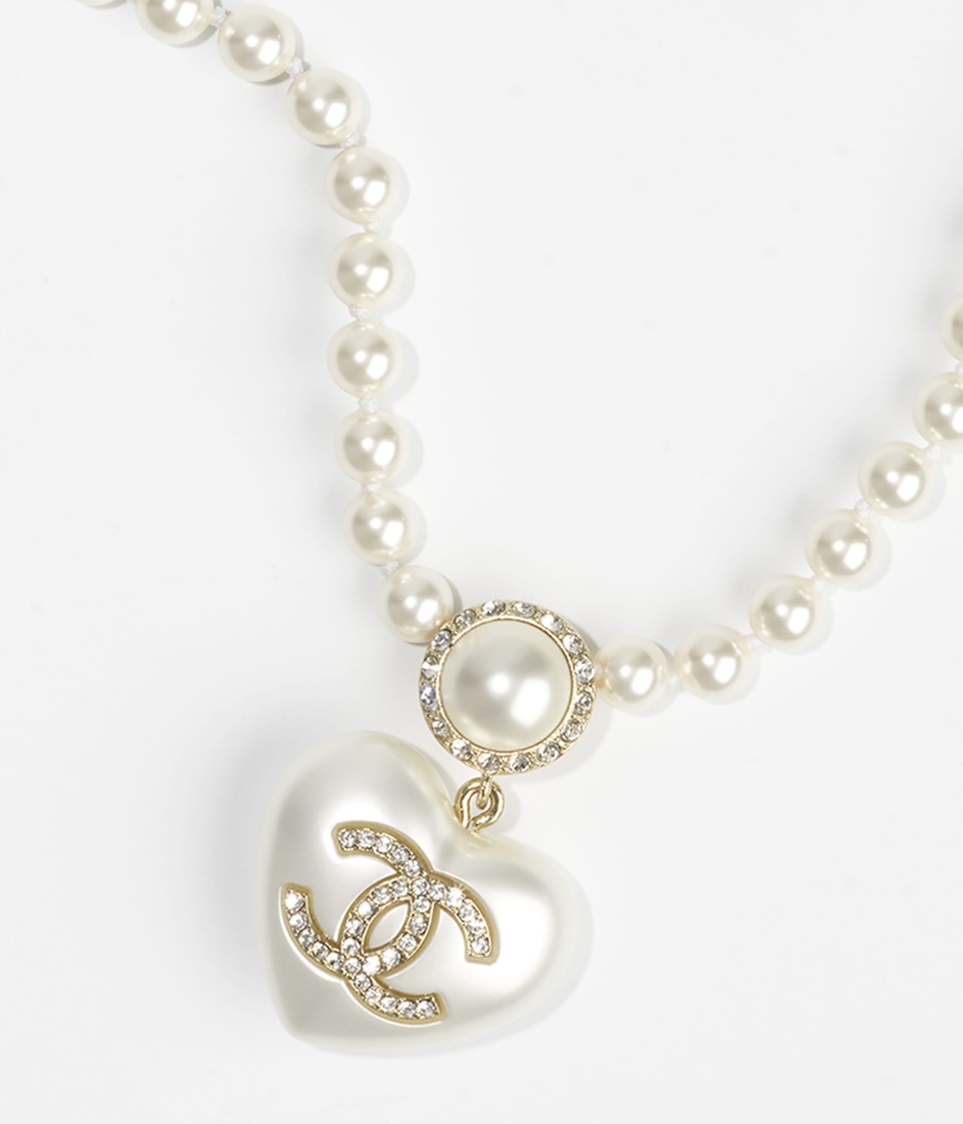 image 3 - Necklace - Metal, Resin, Imitation Pearls, Glass Pearls & Strass - Gold, Pearly White & Crystal