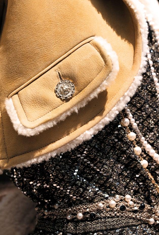 image 3 - Jacket - Shearling Lambskin - Beige & Ecru