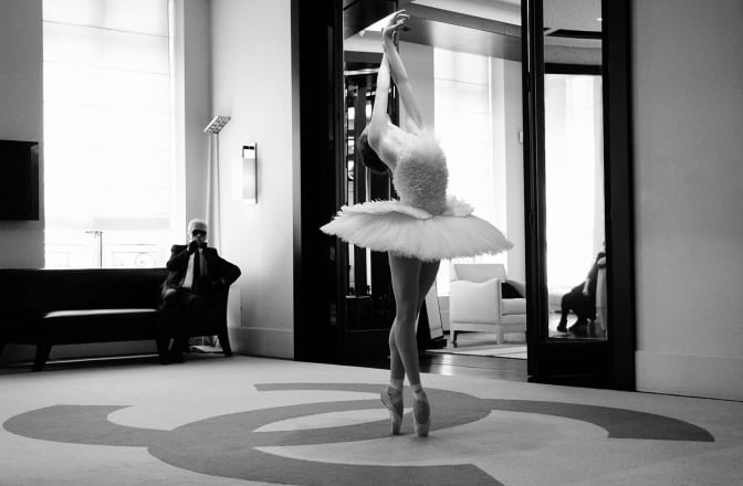 karl-lagerfeld-and-the-leader-dancer-of-the-dying-swan