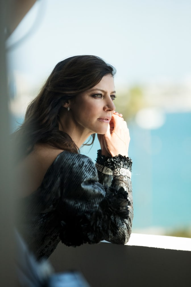 anna-mouglalis-at-the-majestic-chanel-in-cannes-day-5