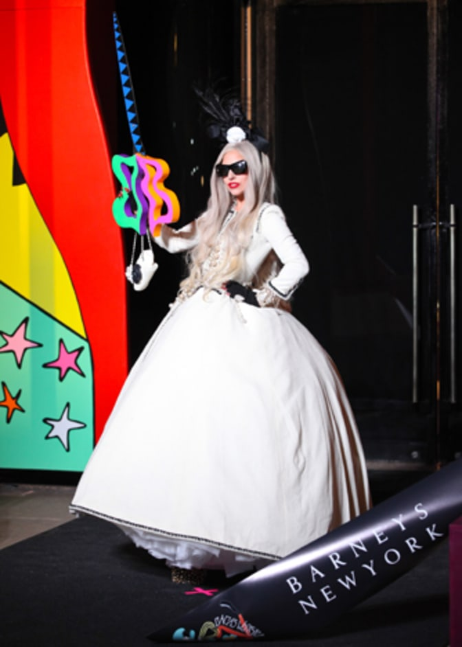 lady-gaga-part-2--the-dress