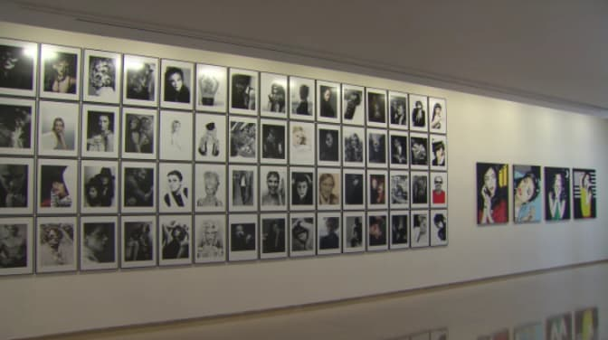 karl-lagerfeld-parcours-de-travail-video-of-the-exhibition