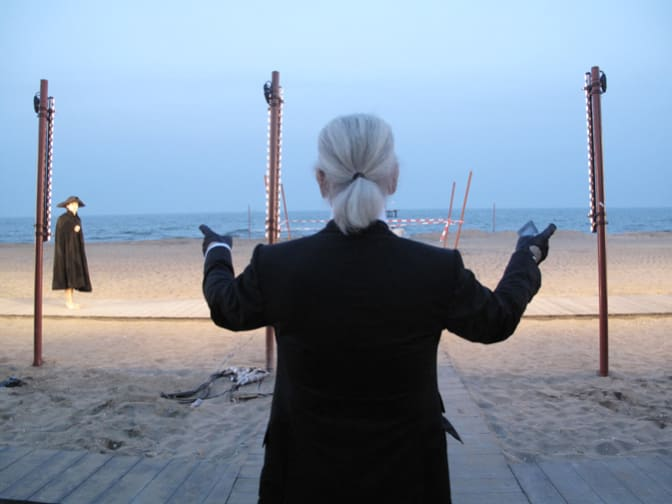 karl-lagerfeld-conductor-of-the-latest-show-in-venice