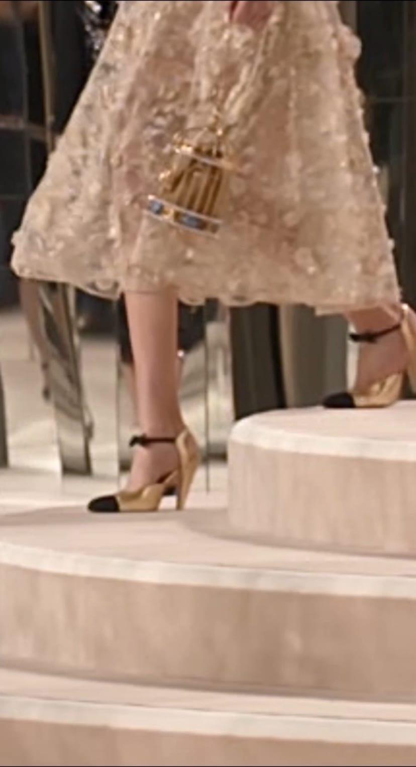 Métiers d'Art 2019/20 - Shoes - CHANEL