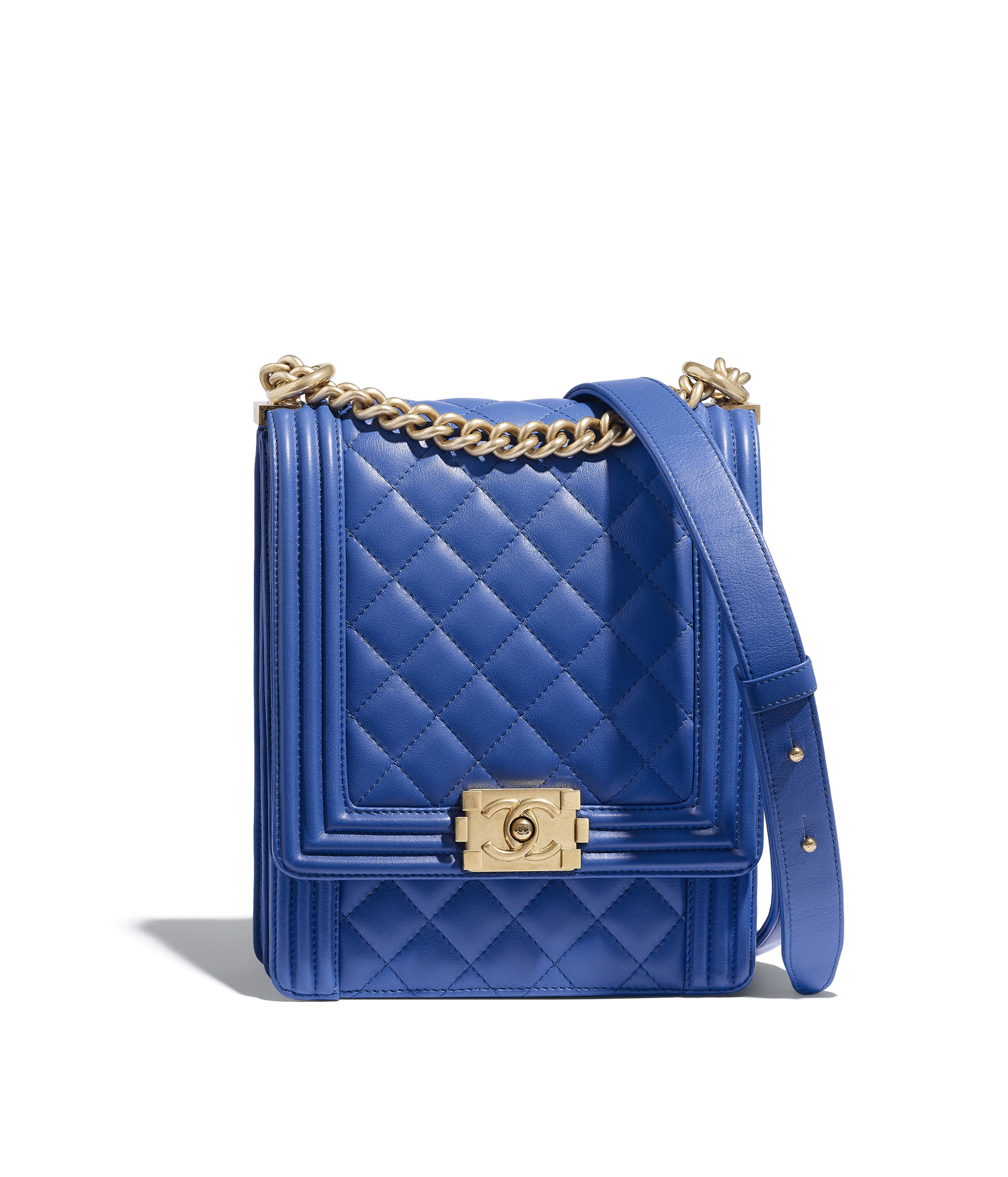 BOY CHANEL Handbag Calfskin   Gold-Tone Metal, Blue Ref. AS0130Y099395B646 69c7462ccd2