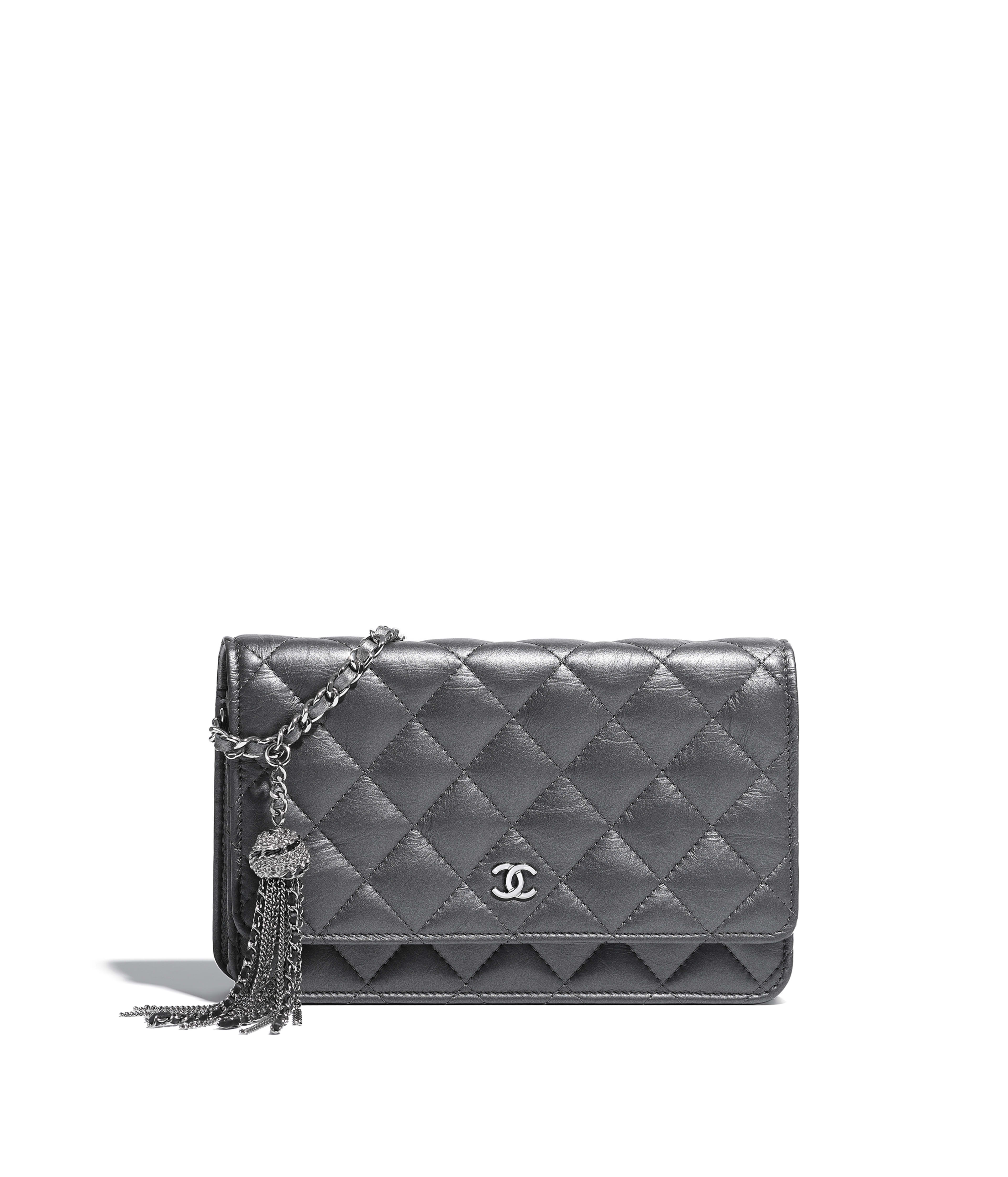 Classic Wallet on Chain Iridescent Aged Calfskin   Ruthenium-Finish Metal,  Silver Ref. A33814Y333880B880 612de166ea