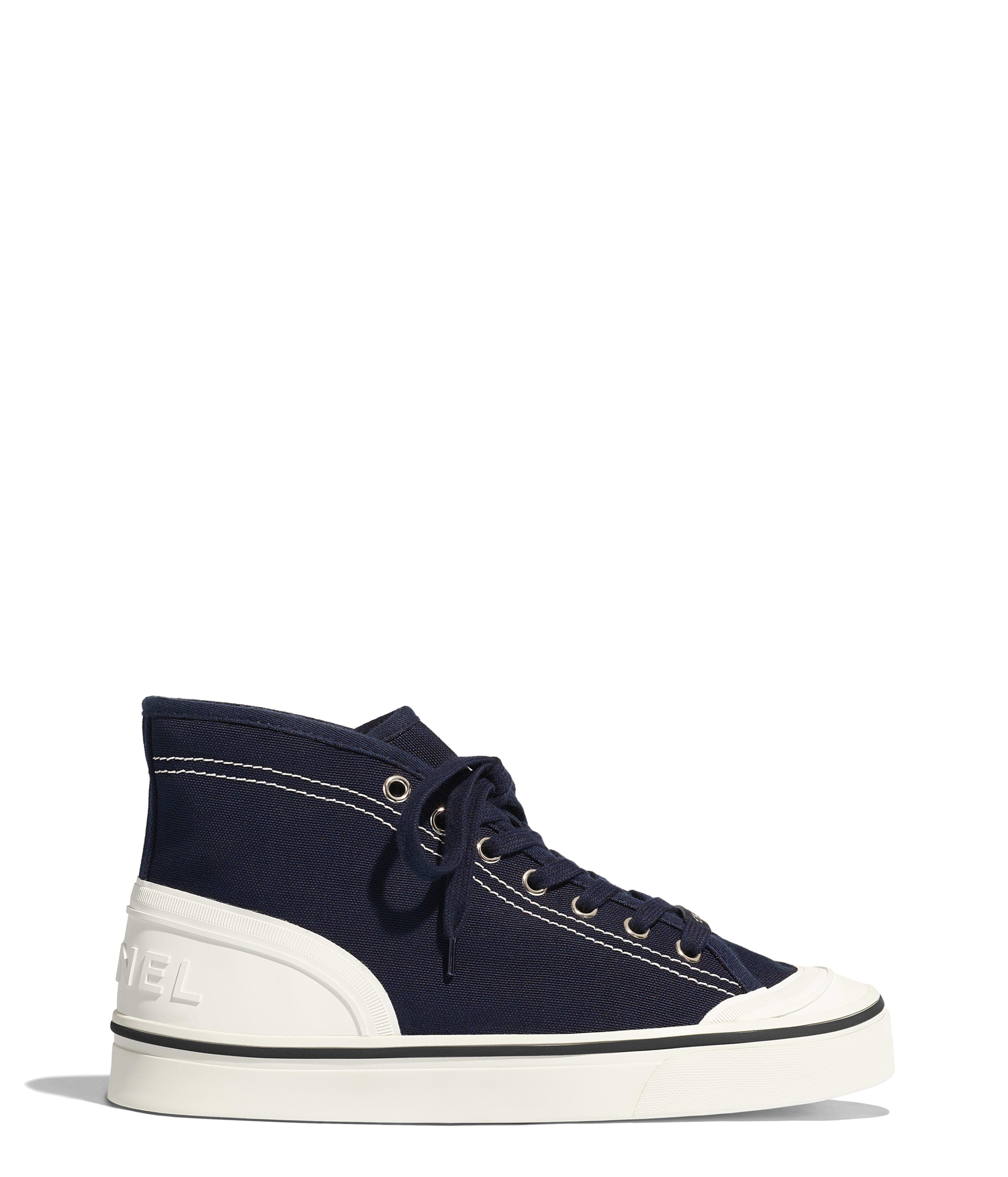 1c40364eb70e Sneakers - Shoes