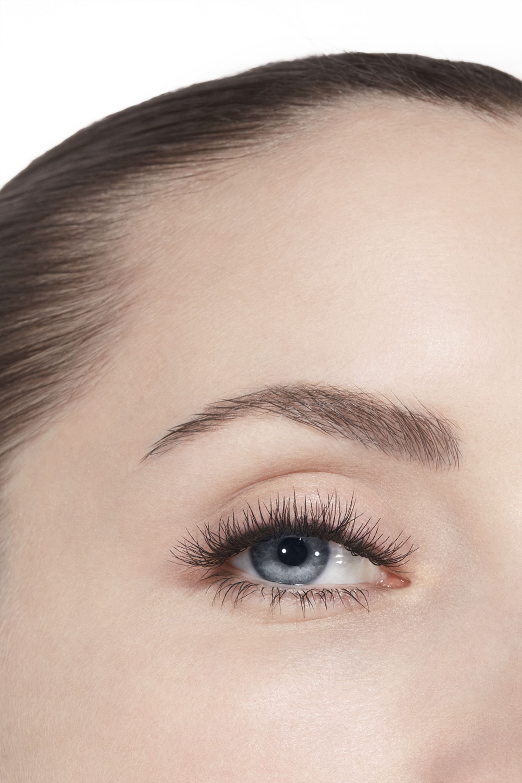 Application makeup visual 3 - LE VOLUME STRETCH EXTRÊME 10 - NOIR
