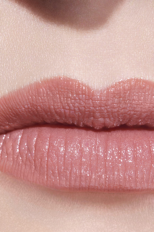 Application makeup visual 3 - LE ROUGE CRAYON DE COULEUR N°9 - BEIGE ROSÉ