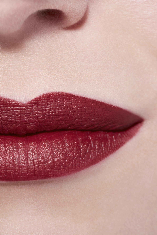 Application makeup visual 3 - LE ROUGE CRAYON DE COULEUR MAT 267 - IMPULSION