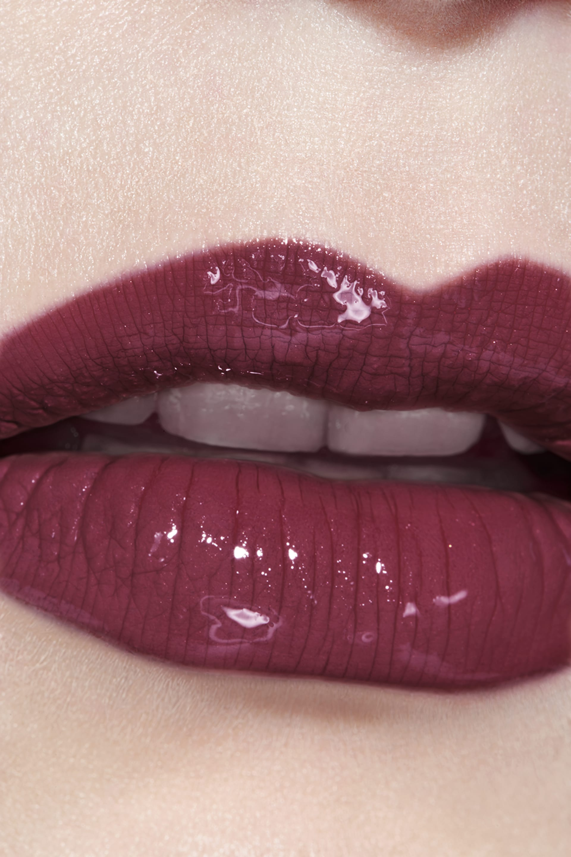 Application makeup visual 3 - LE ROUGE DUO ULTRA TENUE 142 - SWEET BERRY