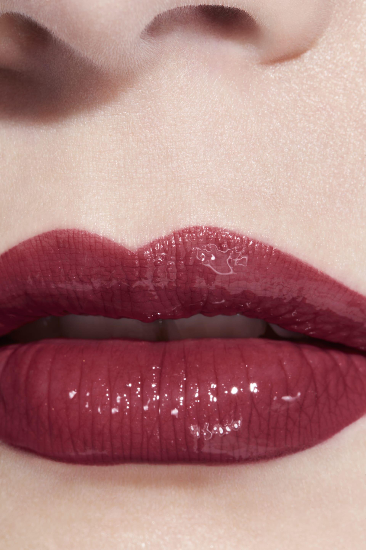 Application makeup visual 3 - LE ROUGE DUO ULTRA TENUE 156 - INTENSE ROSEWOOD