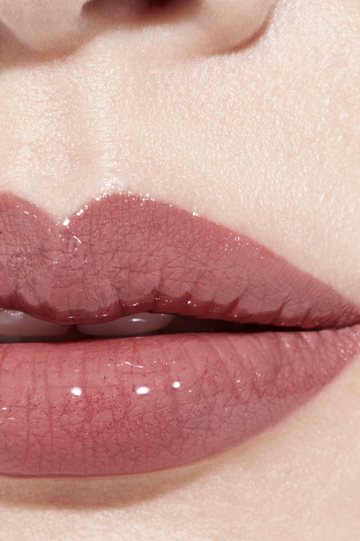 Anwendung Make-up-Bild 1 - LE ROUGE DUO ULTRA TENUE 40 - LIGHT ROSE
