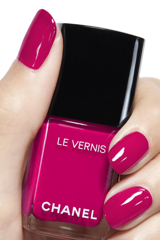Imagen aplicación de maquillaje 2 - LE VERNIS 506 - CAMÉLIA
