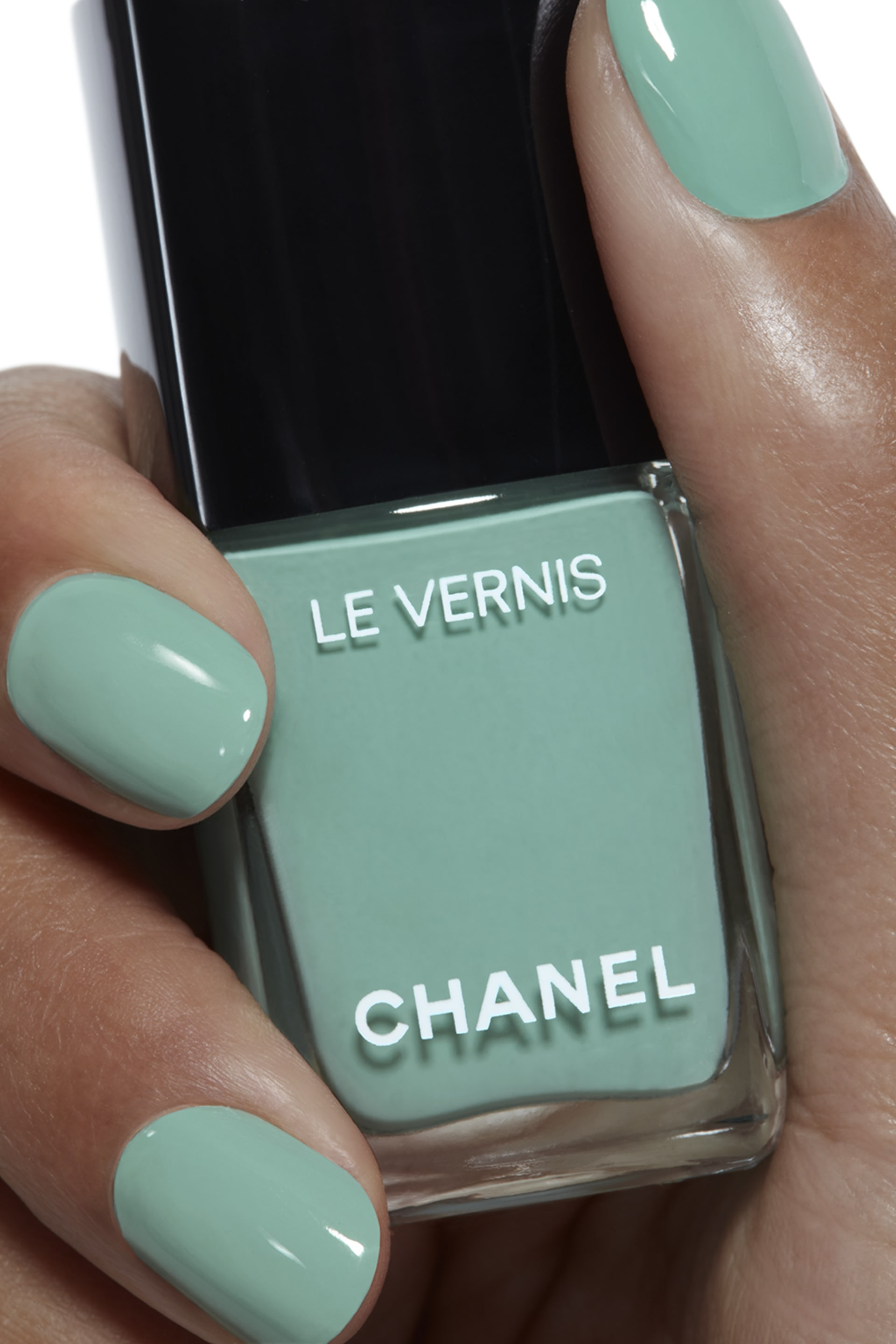 Application makeup visual 1 - LE VERNIS 590 - VERDE PASTELLO
