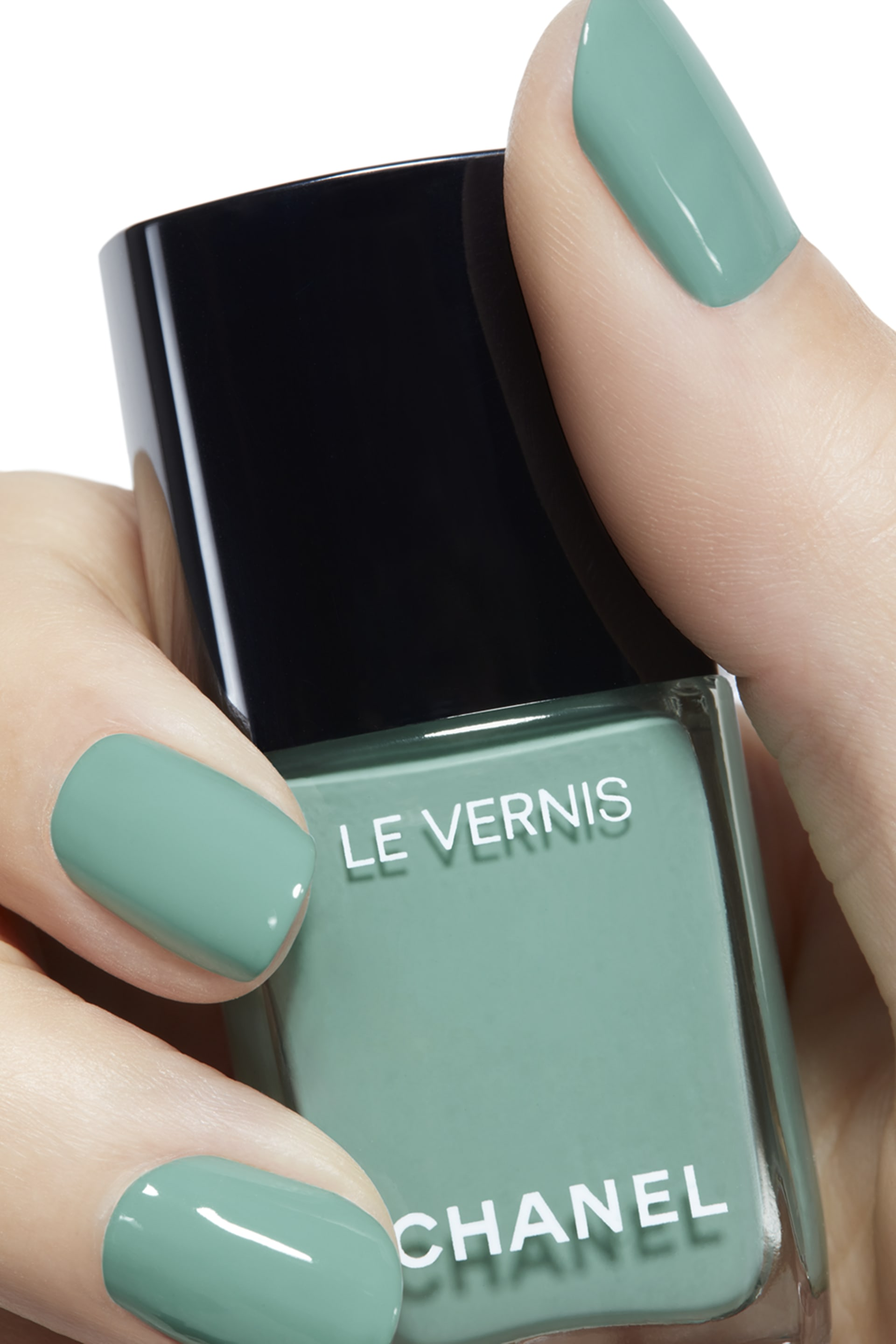 Application makeup visual 2 - LE VERNIS 590 - VERDE PASTELLO