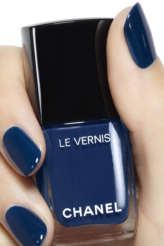 Application makeup visual 2 - LE VERNIS 624 - BLEU TROMPEUR