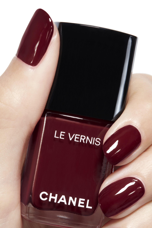 Application makeup visual 2 - LE VERNIS 765 - INTERDIT