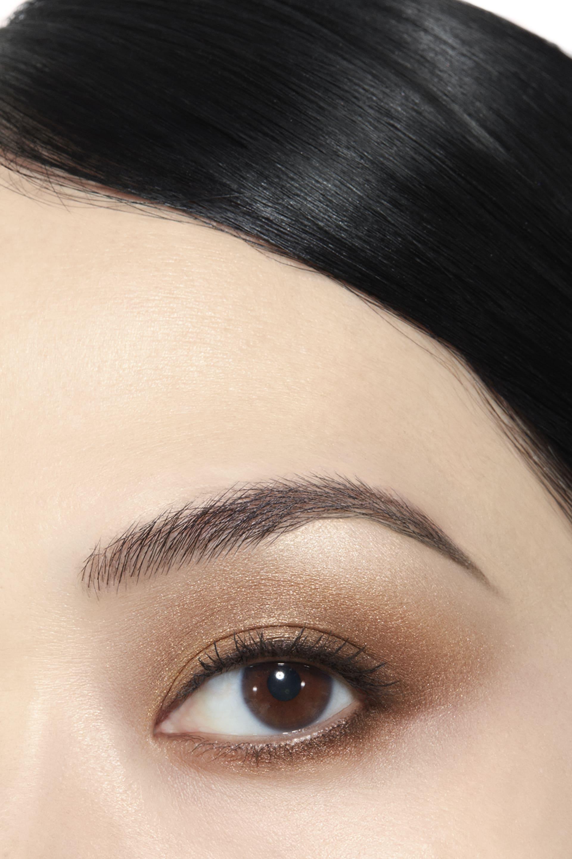 Application makeup visual 1 - LES 4 OMBRES 274 - CODES ÉLÉGANTS