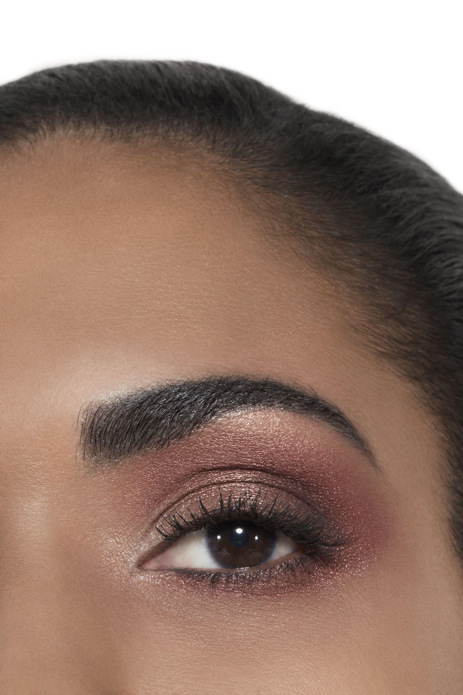 Anwendung Make-up-Bild 2 - Exklusivkreation ÉCLAT ÉNIGMATIQUE. Limitierte Edition. ÉCLAT ÉNIGMATIQUE