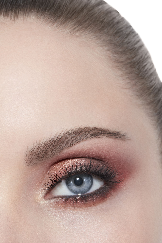 Anwendung Make-up-Bild 3 - Exklusivkreation ÉCLAT ÉNIGMATIQUE. Limitierte Edition. ÉCLAT ÉNIGMATIQUE