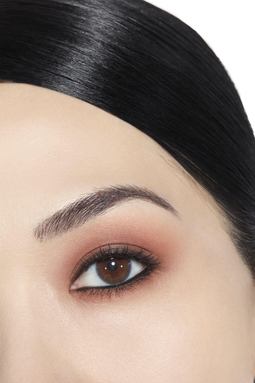 Application makeup visual 1 - LES 4 OMBRES 268 - CANDEUR ET EXPÉRIENCE