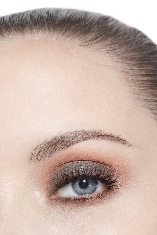 Imagen aplicación de maquillaje 3 - Creación Exclusiva LES 9 OMBRES