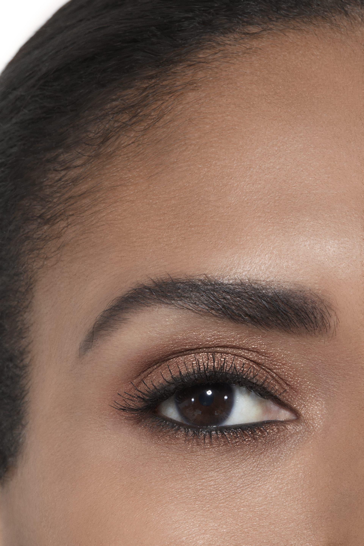 Application makeup visual 2 - OMBRE PREMIÈRE 820 - MEMORY