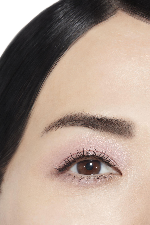 Visuel d'application maquillage 1 - OMBRE PREMIÈRE 12 - ROSE SYNTHÉTIQUE
