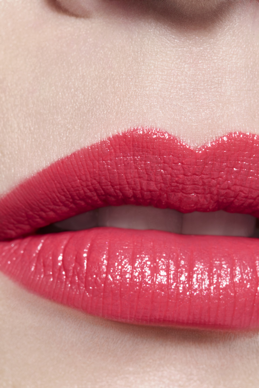 Application makeup visual 3 - ROUGE ALLURE 136 - MÉLODIEUSE