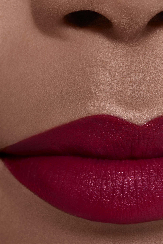 Application makeup visual 2 - ROUGE ALLURE INK 154 - EXPÉRIMENTÉ