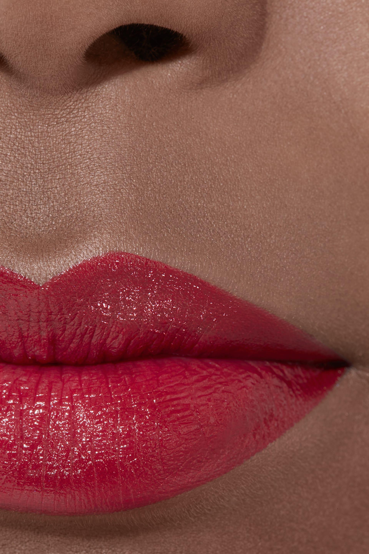 Application makeup visual 2 - ROUGE ALLURE 172 - ROUGE REBELLE