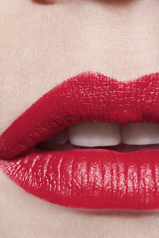 Application makeup visual 3 - ROUGE ALLURE 172 - ROUGE REBELLE
