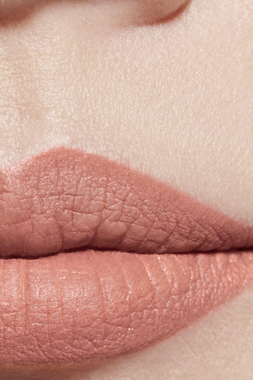 Application makeup visual 1 - ROUGE ALLURE VELVET 71 - NUANCE