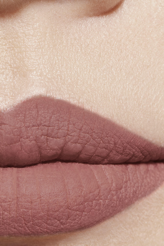 Application makeup visual 1 - ROUGE ALLURE VELVET EXTRÊME 118 - ÉTERNEL