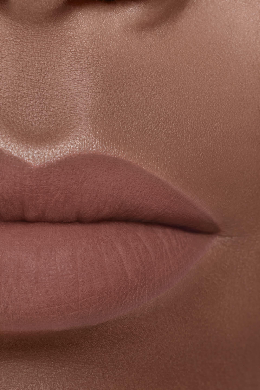 Application makeup visual 2 - ROUGE ALLURE VELVET EXTRÊME 128 - ROSE NOCTURNE