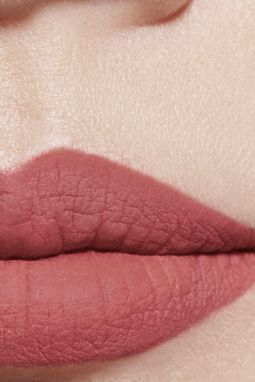 Application makeup visual 1 - ROUGE ALLURE VELVET EXTRÊME 132 - ENDLESS
