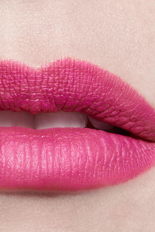 Application makeup visual 3 - ROUGE ALLURE VELVET 42 - L'ÉCLATANTE