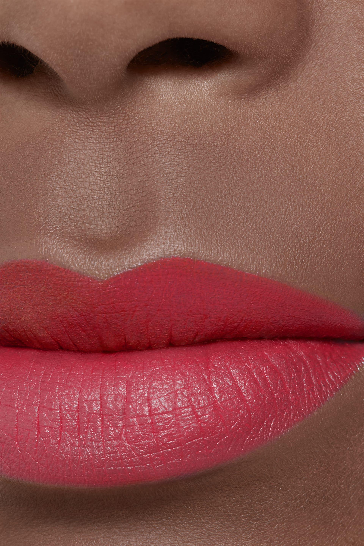 Application makeup visual 2 - ROUGE ALLURE VELVET 66 - L'INDOMABILE