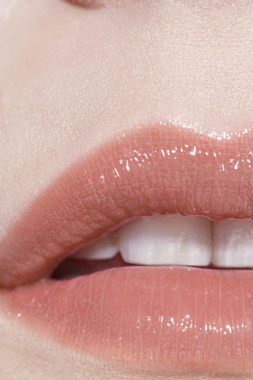 Application makeup visual 3 - ROUGE COCO FLASH 208 - LUMIÈRE