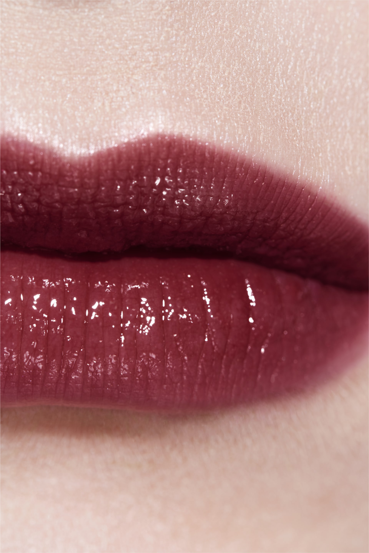 Anwendung Make-up-Bild 3 - ROUGE COCO FLASH 102 - NOIR MODERNE